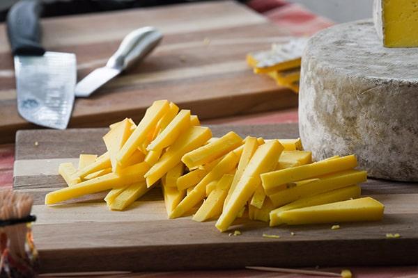 cheese-sticks-stack